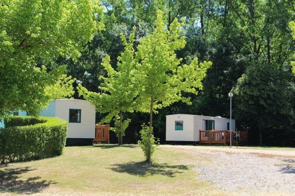 Camping Lays-sur-le-Doubs